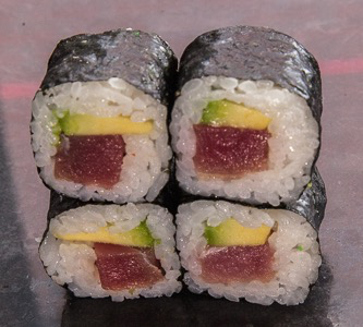Foto Tonijn avocado maki